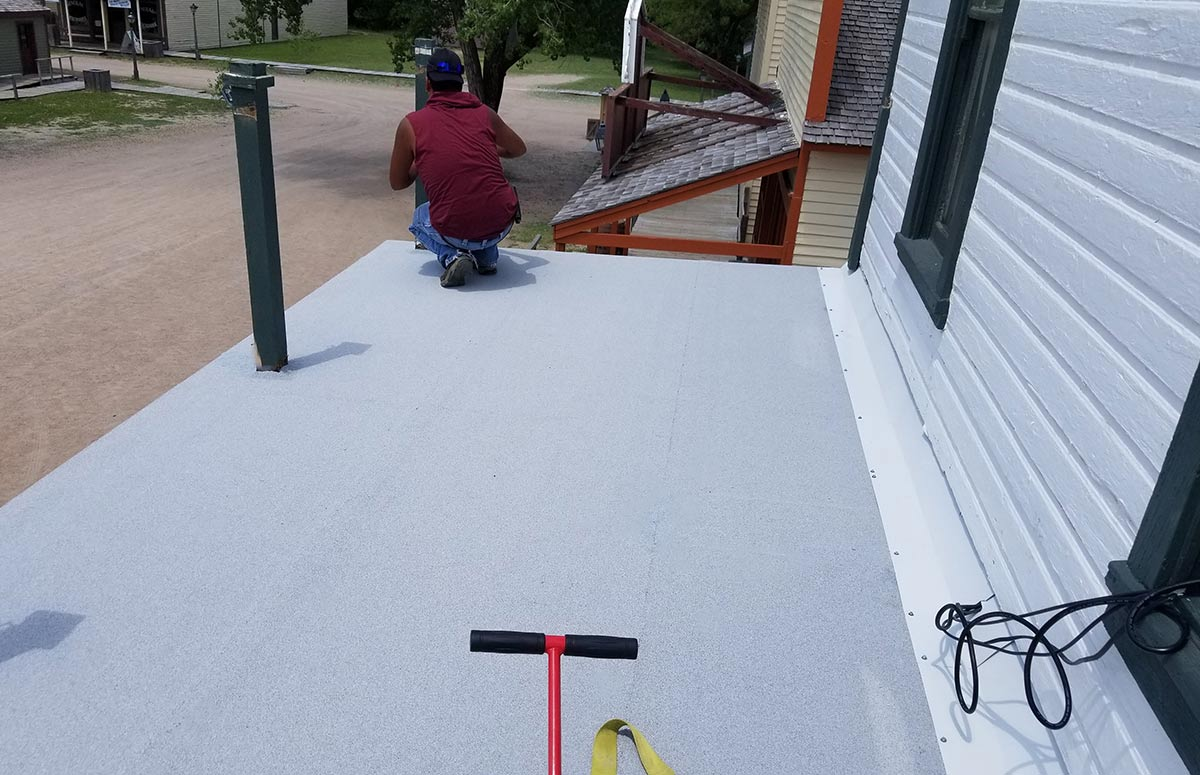 Costs and Lifespan of Rolled Roofing