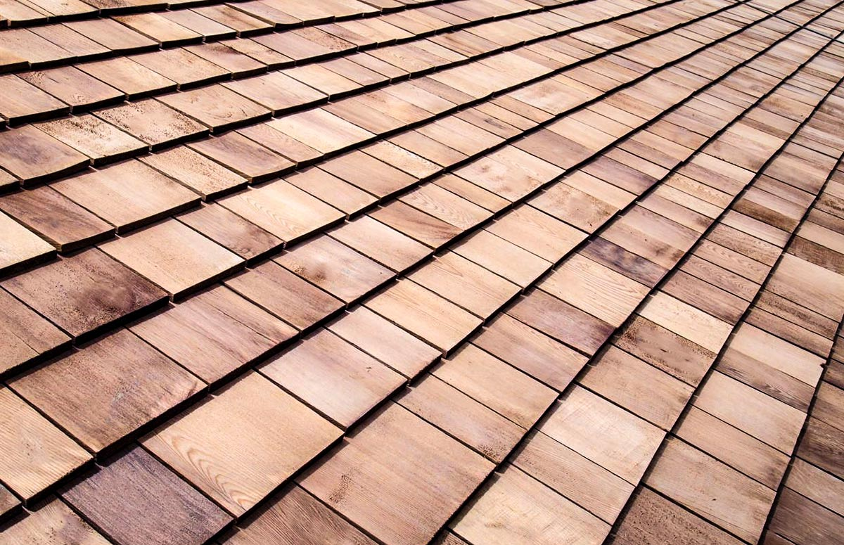 Costs and Lifespan of Wood Shingle Roofing
