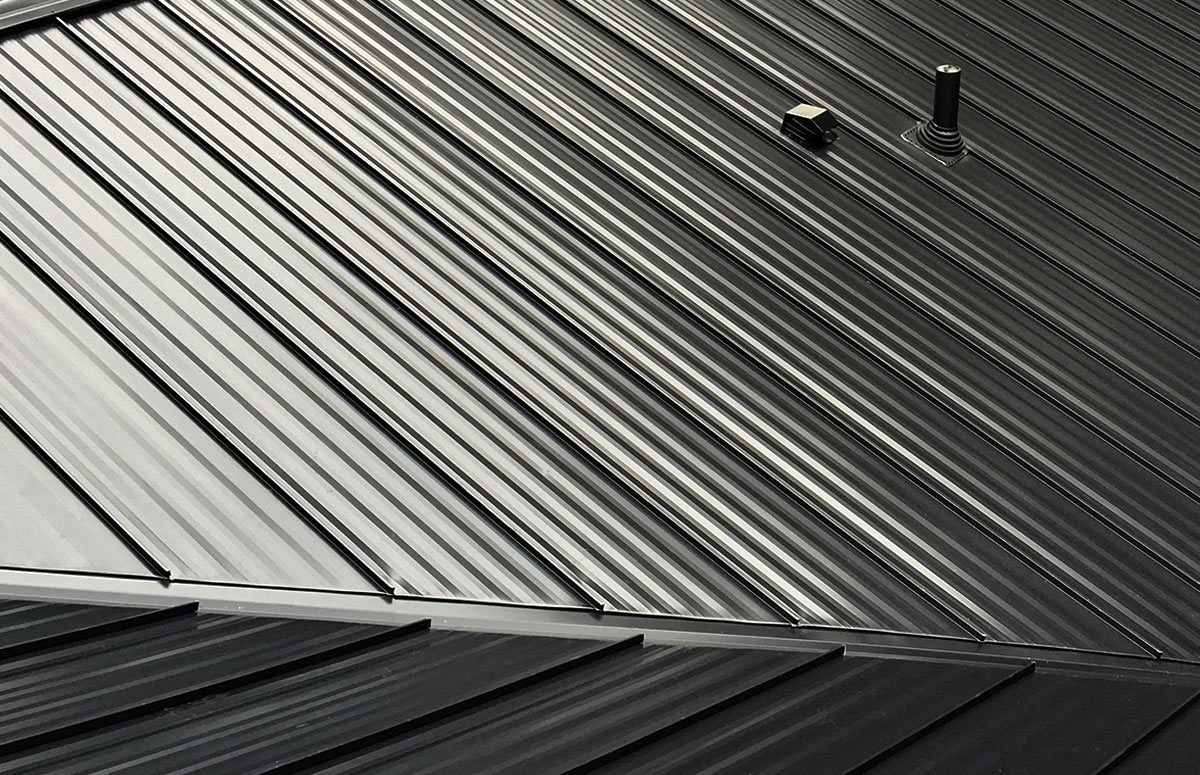 Costs and Lifespan of Standing Seam Metal Roofing